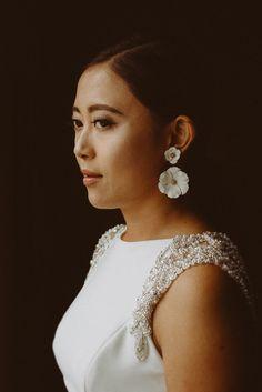 modern bridal look Bridal Looks, Pearl Earrings, Weddings, Modern, Photography, Fashion, Moda, Pearl Studs, Trendy Tree