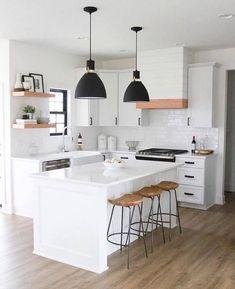 45 Lovely White Kitchen Design And Decor Ideas Luxury Kitchens decor Design Ideas kitche Kitchen kitchendesign Kitchens Lovely White Loft Kitchen, Home Decor Kitchen, Kitchen Interior, New Kitchen, Home Kitchens, Small White Kitchens, White Ikea Kitchen, Simple Kitchen Design, Küchen Design