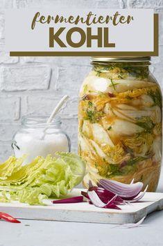 Gemüse lange haltbar machen! Chinakohl im Glas mit asiatischen Gewürzen eingelegt. Kimchi, Foodblogger, Kohls, Dressings, Pickles, Cucumber, Yummy Food, Recipes, Asian Recipes