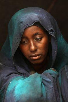 Safia Adem, llora la muerte de su hijo de tres años