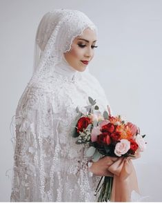 Image may contain: 1 person, wedding and flower dresses hijab sunda NO. Muslim Wedding Gown, Muslimah Wedding Dress, Popular Wedding Dresses, Muslim Brides, Pakistani Wedding Dresses, Blue Wedding Dresses, Bridesmaid Dresses, Trendy Wedding, Perfect Wedding