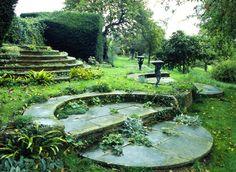 gertrude jekyll and sir edward lutyens / deanery garden, sonning berkshire