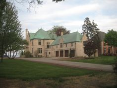 The Mansion That Moved  This 1890, $2 million Lake Drive mansion on the border of Shorewood once stood where Juneau Park is located. Blame it on the Socialists.