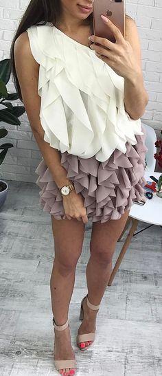 #winter #outfits Nowe Bluzeczki Na Jedno Ramię ♥️ 99 Zł  Spódniczki BELLA 135 Zł ♥️ Uwielbiamy Ten Zestaw!  #newcollection #cute #outfit #kendall #boutique #perfect #beauty #clothes #brand #musthave #springcollection #loveit #selfie #instapic #instastyle #inspiration #fashion #fashiongram #fashionpost #followme #kisses
