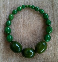 Fabulous Vintage Large Beads Green Marbled Bakelite Necklace Collier tested
