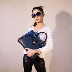 New stylish women accessories are already on sale! Our bags,, jewelry, smartwatches, watches and belts will help you to look perfect. Fashion Handbags, Fashion Bags, Fashion Accessories, Trendy Accessories, Fashion Ideas, Fashion Purses, Fashion Moda, Fashion Fashion, Fashion Women