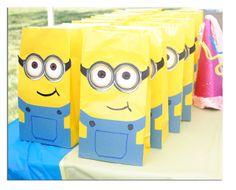 Minions: Bolsas para regalos. Tutorial con imprimibles.