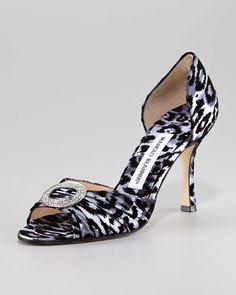 manolo blahnik leopard pumps
