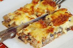 Greek Cooking, Snack Recipes, Snacks, Yummy Food, Tasty, Lasagna, Quiche, Food And Drink, Favorite Recipes