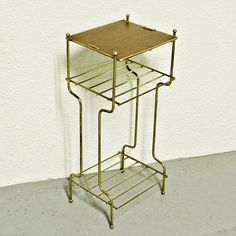 Many many uses. Telephone stand, plant stand, magazine rack/stand, side table, night stand, display stand, bathroom stand, stand stand, etc. One