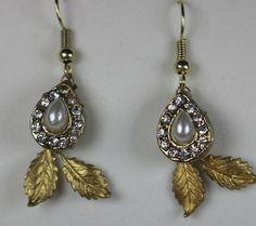 Gold Pearl Earrings .. Gold Leaf Earrins . Pearl Earrings . Bridal Earrings . .. Great Gift for HER .. Free Shipping Worldwide by TessHarrissDesigns on Etsy