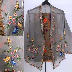 Kebaya Lace, Batik Kebaya, Kebaya Dress, Kebaya Encim Modern, Kebaya Moden, Beaded Shoes, Fashion Illustration Vintage, Dress Me Up, Blouse Designs