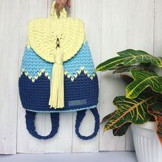 Доброе утро ! Я сегодня к вам с Новым рюкзачком #bonito_bags который у меня #вналичии ! Несмотря на холодную погоду, лето к нам все равно придёт ☀️, я уверена) поэтому обновляем свой летний гардероб очаровательным и ярким рюкзаком! Рюкзак пока без подклада (хотя #впринципе он туда и не нужен, так как рюкзак очень и очень плотный ), поэтому цена 3300₽, если шить подклад - цена 3600₽. Заказываем в Директ, комментариях или по телефону 89375268801. #bonito_bags_наличие —————— #рюкзак #стил...