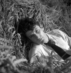 Photographs of Lucian Freud by Cecil Beaton and David Dawson On Sale At Sotheby's Exhibition (PHOTOS)