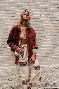 Boho fashion ideas, hippie clothing outfit Hippie Style Clothing, Hippie Outfits, Women's Clothing, Mode Boho, How To Hem Pants, Aesthetic Clothes, Bohemian Style, Cute Outfits, Trendy Outfits