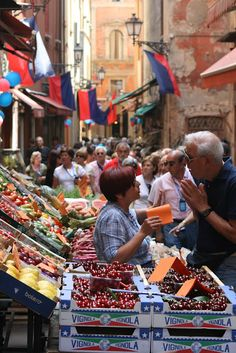 Bologna food market, Italy - Would love a foodie trip to Italy Bologna Food, Bologna Italy, Italian Market, Italian Style, Italian Romance, London, Italy Travel, Italy Vacation, Back Home