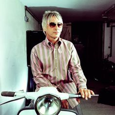Paul Weller for Ben Sherman on a Vespa Skinhead Reggae, The Style Council, Tailor Made Suits, Bad Songs, Paul Weller, Mod Scooter, Acid House, Teddy Boys, Ben Sherman