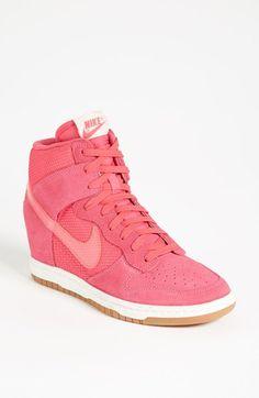 Nike 'Dunk Sky Hi.'