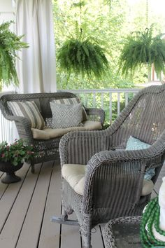 Today I'm sharing my 2 favorite paint colors and techniques for creating a weathered gray finish on furniture and accessories to update items around your home. I recently used this application to update our wicker porch furniture in the Spring and it made a big difference in the overall look of the porch! We have had …