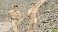 descendants of the sun | Maybe my favorite scene in the whole show.
