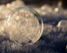 Frozen bubbles make perfect easel for Mother Nature (Photos taken Nov. 30, 2014, courtesy Kelly Images & Photography.)