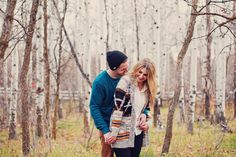Cute Fall Engagement photos. Cute outfit ideas for engagement pictures. Pretty hair and makeup for engagements. Stephanie Sunderland Photography.