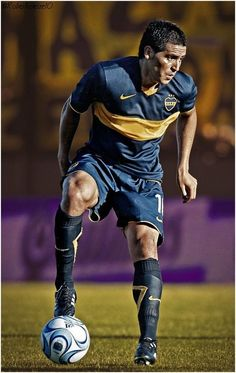 Boca Junior - Juan Roman Riquelme 02 #futbolargentino #futbolriverplate Football Is Life, World Football, Soccer World, Football Kits, Sport Football, Soccer Guys, Football Players, Diego Armando, Most Popular Sports