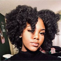 African-American hairstyles can vary from short to long depending on the style. These cute black girl hairstyles will certainly help you or the girl in your life to make the next decision you want so that you look great and safe. Natural Curls, Natural Hair Care, Natural Hair Styles, Natural Hair Inspiration, Natural Beauty Tips, Smooth Hair, Afro Hairstyles, 4c Natural Hairstyles, Haircuts