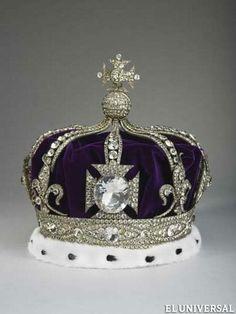 Corona de la reina Alejandra.