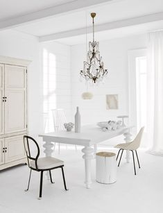 Home design house design interior design designs design White Interior Design, Nordic Interior, White Rooms, White Bedroom, White Houses, White Decor, Interior Inspiration, Inspiration Design, Living Room Designs