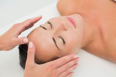"""""""Reiki is a Japanese technique for stress reduction and relaxation that also promotes healing. It is administered by """"laying on hands"""" and is based on the idea that an unseen """"life force energy"""" flows through us and is what causes us to be alive. Self Treatment, Chakra Healing, Chakras, Praticien Reiki, Reiki Master, Reiki Therapy, Massage Therapy, Immune System, Behance"""