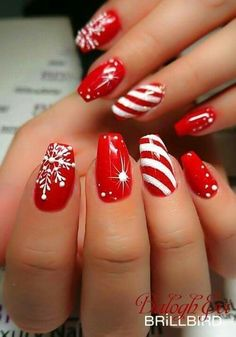 Tired of spending your time with your nails? Do you want most beautiful nail styles? The easiest and most practical nail styles for your nails here. colorful nails, nail styles, models of nail. Christmas Gel Nails, Xmas Nail Art, Christmas Nail Art Designs, Holiday Nail Art, Winter Nail Art, Winter Nails, Christmas Design, Christmas Candy, Nail Designs For Christmas