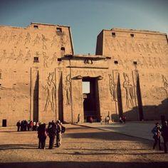 el Templo de Horus de Edfu