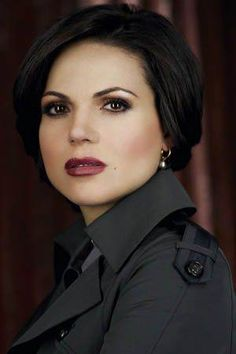 Lana Parrilla Evil Queen/Regina Mills - Once Upon a Time Picture