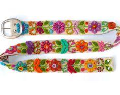 Cinta floral bordado fino cinturón marfil por EmbroideryPeru