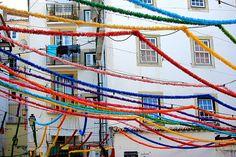 A decorar o céu de Lisboa.