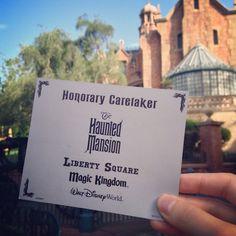 The Haunted Mansion Disney: Photo Disney World Planning, Walt Disney World, Haunted Mansion Halloween, Orlando Travel, Disney Printables, Disney Rides, Adventures By Disney, Disneyland Paris, Disney Pictures