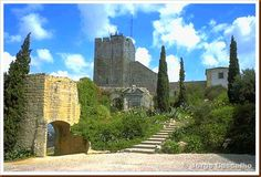 Castelo de Palmela – Setúbal Portugal, Medieval, Mount Rushmore, Travel Destinations, Mountains, Mansions, Country, House Styles, Building