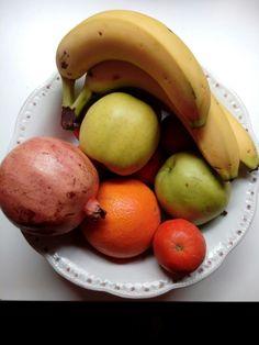 Crear hábitos saludables en cuanto a su alimentación, haciéndoles entender la importancia de comer variado y con una dieta saludable rica en frutas y verduras. También podemos trabajar con esta imagen sus características como sus formas, colores, etc.