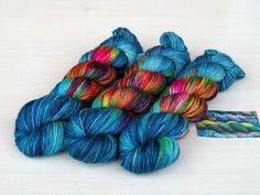"""KorallenRiff"" Sockenwolle handgefärbt from PondeRosa-Wolle by DaWanda.com"