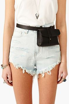 Night Journey Belt Bag - Black at Nasty Gal I actually really want this. especially for travelling. it looks meh but practicality Leather Belt Bag, Small Leather Bag, Womens Fashion Online, Latest Fashion For Women, Thigh Bag, Waist Purse, Cloth Bags, Vegan Leather, Fashion News