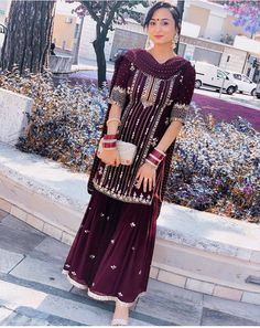 Indian Bridal Outfits, Indian Party Wear, Pakistani Bridal Dresses, Pakistani Dress Design, Indian Designer Outfits, Embroidery Suits Punjabi, Embroidery Suits Design, Indian Suits, Punjabi Suits