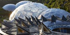 Architecture of the Eden Project, Cornwall, England, uses ETFE pillows as insulation and skin