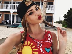 Consulta esta foto de Instagram de @kristenhancher • 167.4 mil Me gusta Cute Hair Colors, Famous Stars, Girls Selfies, Tumblr Girls, Most Beautiful Women, Cute Hairstyles, Makeup Inspiration, Pretty Woman, My Hair