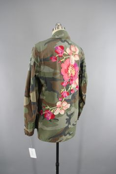 Vintage US Marines Embroidered Camouflage Jacket with Pink & Peach Flo - ThisBlueBird - Modern Vintage