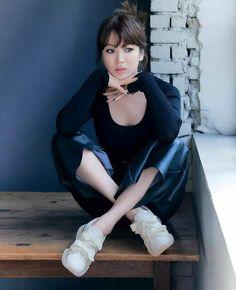 Korean Celebrities, Celebs, Song Hye Kyo Style, Cute Love Memes, Girl Dress Patterns, Korean Street Fashion, Korean Actresses, Brown Fashion, Asian Style