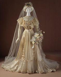 Mid-Edwardian wedding dress.