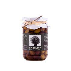 #Olive #Taggiasche in #Salamoia #Naturale #La #Baita. Queste #olive #taggiasche di montagna sono coltivate in modo totalmente naturale dall'azienda agricola #La #Baita & #Galleano sulla #riviera #ligure di àPonente, nell'entroterra imperiese, a 700 metri sul livello del mare.  Per la #salamoia sono impiegati soltanto #acqua di #sorgente #purissima e #sale #marino #integrale di #prima #qualità, senza l'aggiunta di #conservanti.
