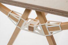 Minale Maeda | tavolo Keystones | Interieur Awards 2014 winner