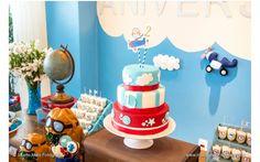 Festa Avião, Decoração de Festa, Papelaria Personalizada, Doces Enrolados, Doces Decorados, Cupcakes, Bolo Cenográfico, Lembrancinhas.